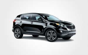 Schwarzer Kia Sportage SUV. Reservieren Sie einen günstigen Luxus-SUV von Kia bei Europeo Cars auf Kreta.