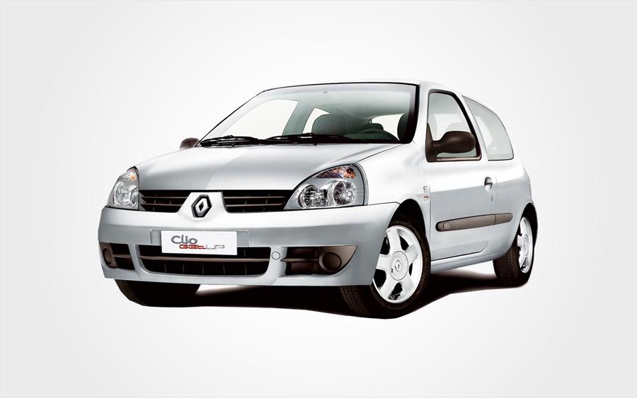 Silberner Renault Clio der Gruppe C zum Reservieren auf Kreta bei Europeo Cars Fahrzeugvermietung.