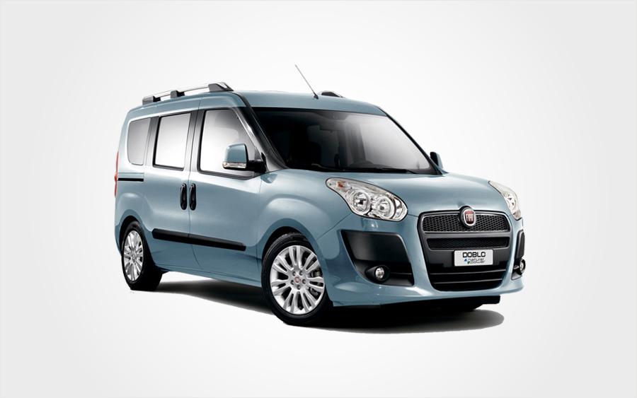 Turkusowy 7-miejscowy Fiat Doblo. Zarezerwuj na Krecie niedrogiego minibusa Fiat w Europeo Cars.