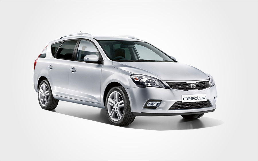 Silver Kia Ceed XL Group I station wagon rental car. Rent a station wagon in Crete from Europeo Cars